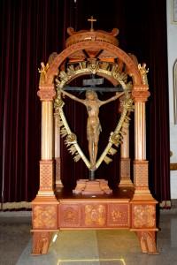 """Benedizione e inaugurazione della nuova """"vara"""" del Santissimo Crocifisso"""