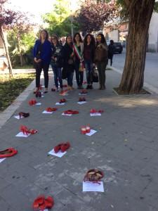 """""""Scarpe Rosse"""" per dire no ad ogni forma di violenza contro le donne"""