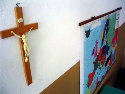 mozione-del-consiglio-su-sentenza-sul-crocifisso-nelle-scuole-della-corte-europea-dei-diritti-delluomo